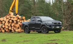 Still a sure fire kiwi favourite, Ross Kiddie gets out and about in the Toyota Hilux SR5 Cruiser